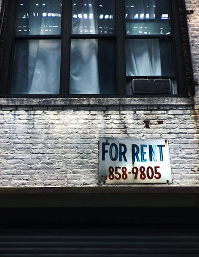 For rent sign outside apartments