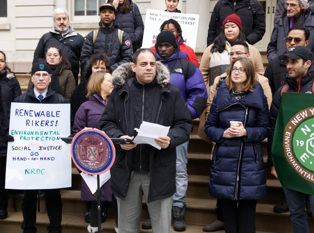 Photo of Renewable Rikers rally